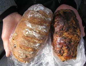 プチフールのパン