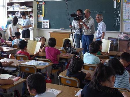 学校での撮影風景