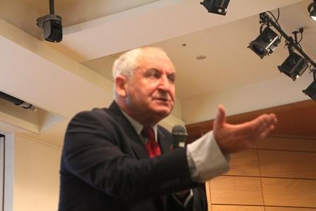 ジョン・バードさん=イギリスのビッグイシュー創設者
