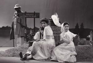 「桜の園」1998年公演 提供:劇団俳優座