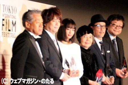 ARIGATO(ありがとう)嘗受賞者=左から2人目から細田守・広瀬すず・樹木希林・ッリーフランキー・細田守さん